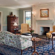 Farmhouse Living Room by John Milner Architects, Inc.