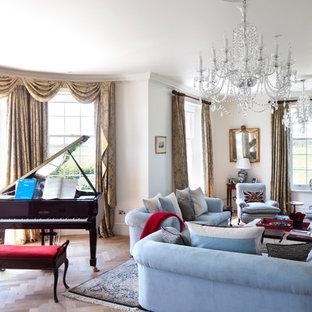 Inspiration för ett vintage vardagsrum, med beiget golv