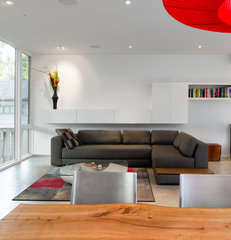 modern living room by Christopher Simmonds Architect