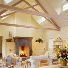 Farmhouse Living Room by James D Rogers, Builder