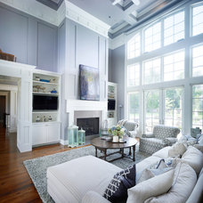 Transitional Living Room by Lacy Green, enzy design