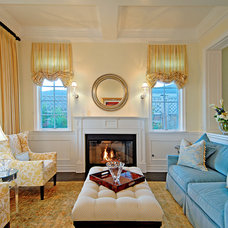 Traditional Living Room by Structure Home