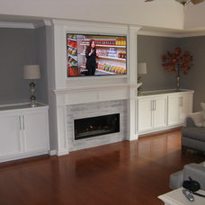 Traditional Living Room by East Bay Fireplace