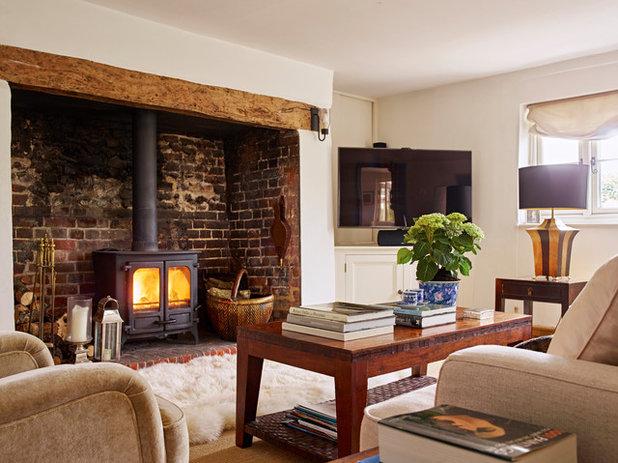 Rustic Living Room by JoJo Macnamara Interior Design