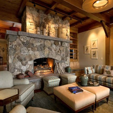 Rustic Living Room by Beyond the Garden