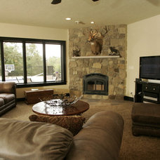 Traditional Living Room by Richards Construction, Inc.