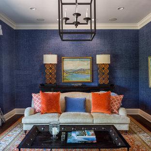 Ejemplo de salón clásico, sin chimenea, con paredes azules y suelo de madera oscura