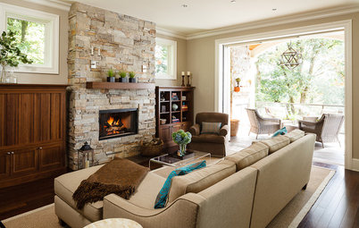 Room of the Day: Just Right for 2 and a Crowd