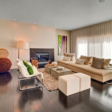 Contemporary Living Room by Sabal Homes