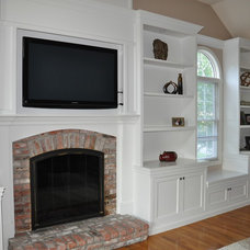 Traditional Living Room by Greene Construction