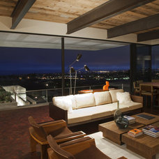 Living Room by Laidlaw Schultz architects