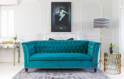 Which Sofa Upholstery Is Better: Fabric or Leather?