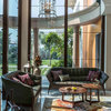 Vadodara Houzz: A Luxurious Bungalow Uses Nature as Its Muse