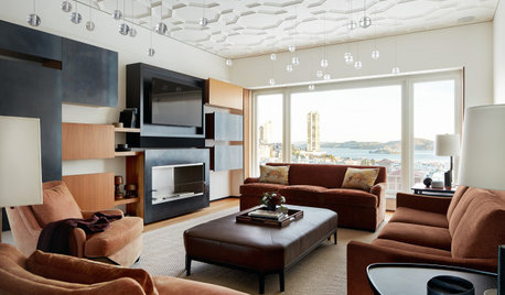 Traditional Elements Warm a Contemporary Penthouse With Views