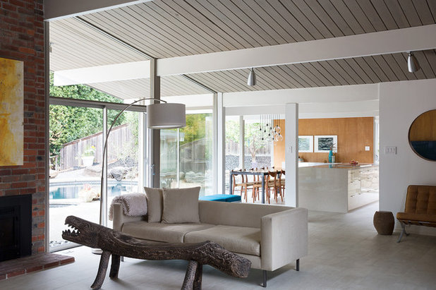 Midcentury Living Room by Gast Architects