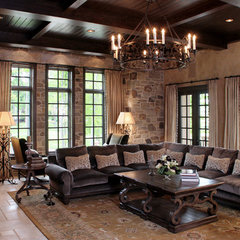 mediterranean living room by Palmieri Builders