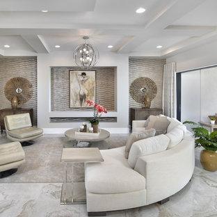 Idéer för ett mellanstort klassiskt allrum med öppen planlösning, med ett finrum, beige väggar, marmorgolv och vitt golv