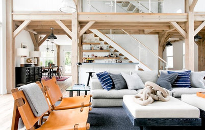 Houzz Tour: Rustic '90s Kit House Gets a Modern Refresh