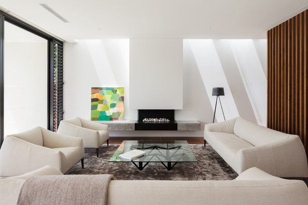 Modern Living Room by Noxon Giffen