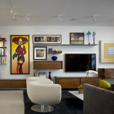 Contemporary Living Room by Wheeler Kearns Architects