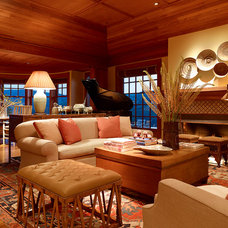 Traditional Living Room by The Wiseman Group Interior Design, Inc