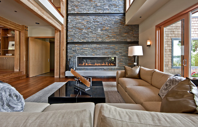 Contemporary Living Room Northwest Territorial Residence