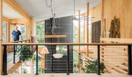 Houzz Tour: Raw Materials Form an Open Passive-Solar House