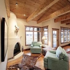 Southwestern Living Room by Giulietti Schouten Architects