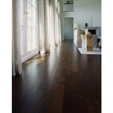 Contemporary Living Room Oak Flooring