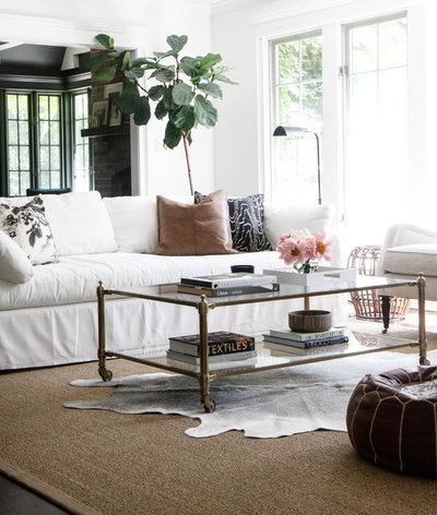 Country Living Room by Park and Oak Design