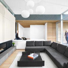 Modern Living Room by Campos Leckie Studio