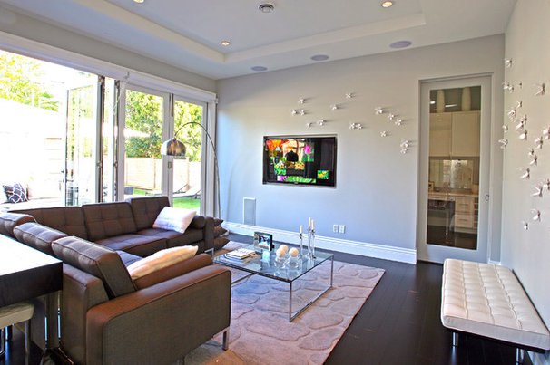 Contemporary Living Room by Odenza Homes Ltd