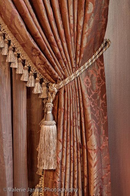 Traditional Living Room by Devane Design