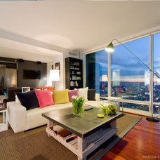 Modern Living Room by Cardea Building Co.