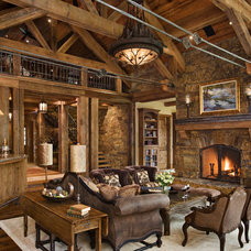 Rustic Living Room by Locati Architects