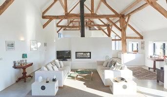 Open plan minimalist living space - Contemporary Barn Conversion in Wiltshire