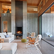 Contemporary Living Room by Indigo Architecture & Interiors