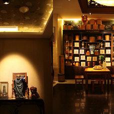 Modern Living Room by LEDing the life
