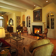 Traditional Living Room by Busby Cabinets