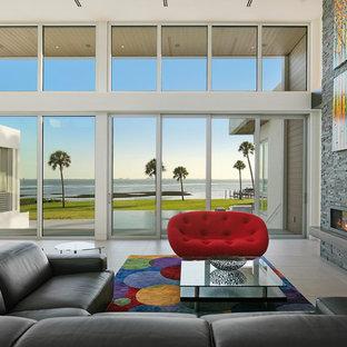 Salon moderne avec un sol en carrelage de porcelaine : Photos et ...
