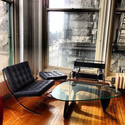 Moderne Salon by Modern Classics Furniture
