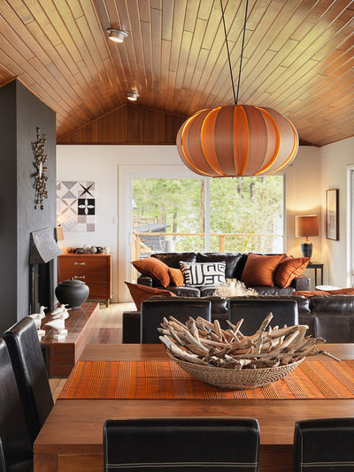 Coastal Living Room by Johnson + McLeod Design Consultants