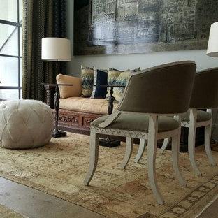 アトランタの中サイズのヴィクトリアン調のおしゃれなLDK (フォーマル、白い壁、コンクリートの床、暖炉なし、テレビなし) の写真
