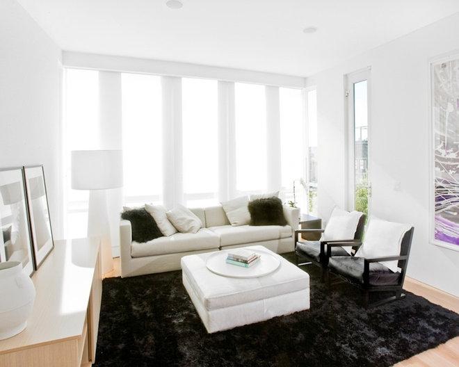 Modern Living Room by NICOLEHOLLIS
