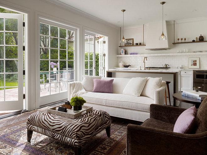 Phòng khách chuyển tiếp của Kathleen Bost Architecture + Design