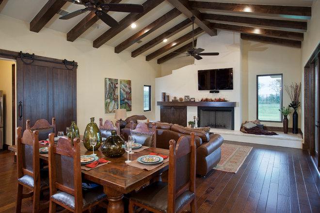 Mediterranean Living Room by Bella Villa Design Studio