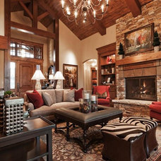 Traditional Living Room by Cameo Homes Inc.