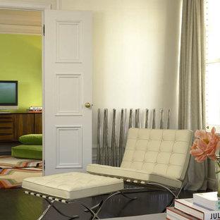 Ejemplo de salón cerrado minimalista