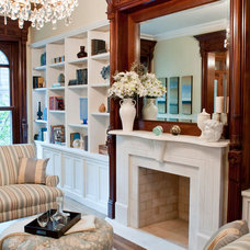 Traditional Living Room by Build with Prospect