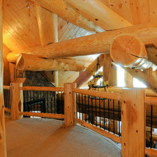 Living Room by Mountain Log Homes of CO, Inc.